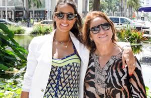 Grávida de oito meses de Eike Batista, Flávia Sampaio festeja 32 anos com a mãe