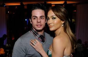 Jennifer Lopez reata namoro com ex, Casper Smart, após rumores de traição