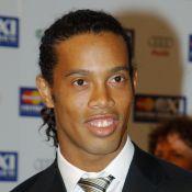 Ronaldinho Gaúcho revela para amigos que vai se aposentar em maio, diz coluna