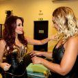 Dulce María e Valesca Popozuda colocaram o papo em dia antes do show da mexicana