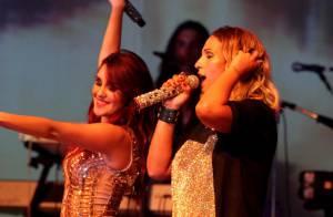Dulce María e Valesca Popozuda cantam juntas durante show da mexicana em SP