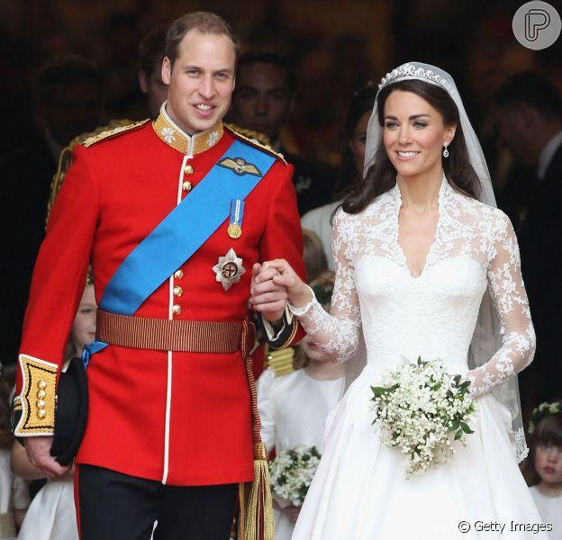 Kate Middleton e o príncipe William comemoram quatro anos de casamento nesta quarta-feira, 29 de abril de 2015. A Monarquia Britânica lembrou a data publicando nas redes sociais fotos do dia da oficialização da união