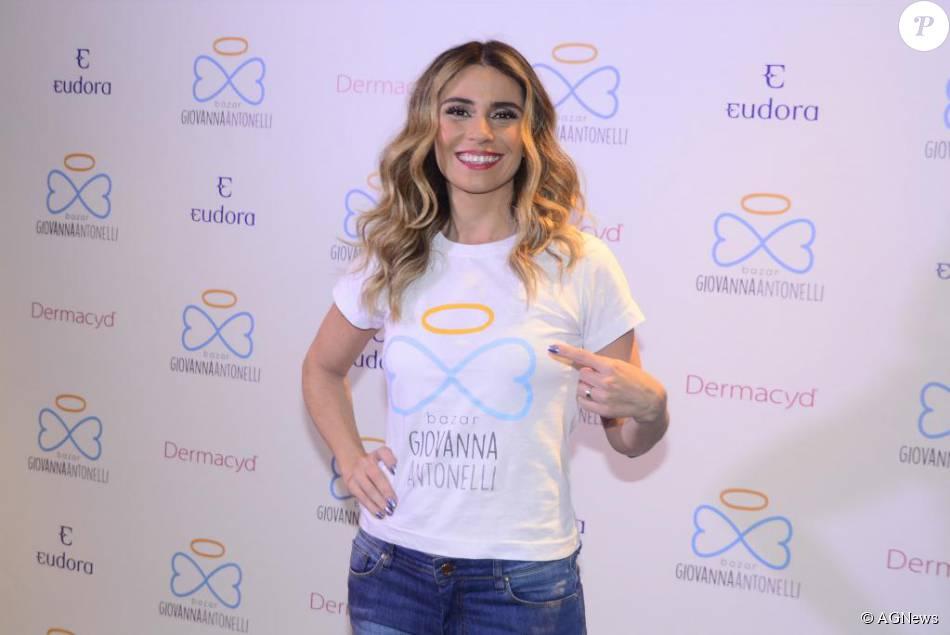 f4a53a610 Giovanna Antonelli lidera o bazar beneficente que leva seu nome e segue até  este sábado
