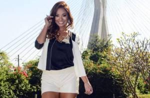 Carol Nakamura comenta solteirice após fim de namoro: 'Me achando o máximo'