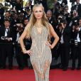 Paris Hilton também marcou presença no sexto dia do Festival de Cannes, na França