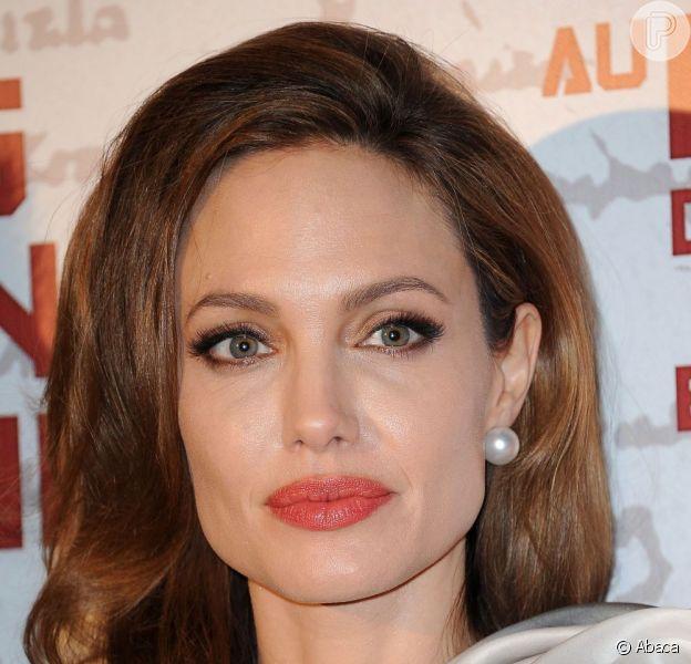 Nesta terça-feira, 4 de junho de 2013, Angelina Jolie completa 38 anos. Feliz Aniversário!
