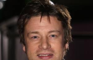 Chef britânico Jamie Oliver abrirá seu primeiro restaurante no Brasil