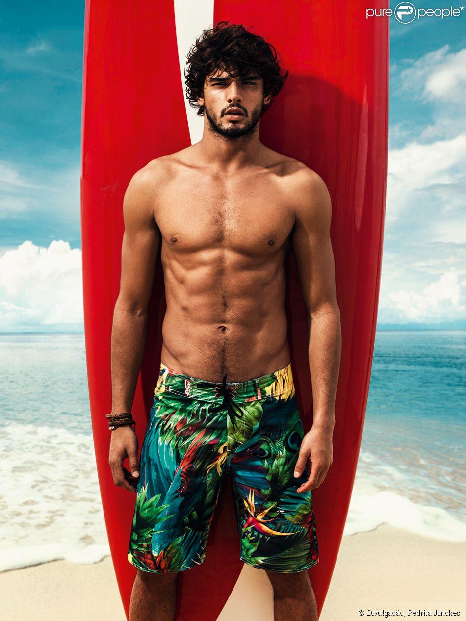 Marlon Teixeira foi eleito um dos 25 maiores modelos masculinos de todos os tempos, segundo portal 'Style.com'