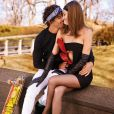 Marlon Teixeira e Samantha Gradoville posaram com peças da coleção de inverno 2014 da Chanel