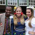 Thiaguinho, Fernanda Souza e Angélica se vestiram a carater em arraiá do 'Estrelas'