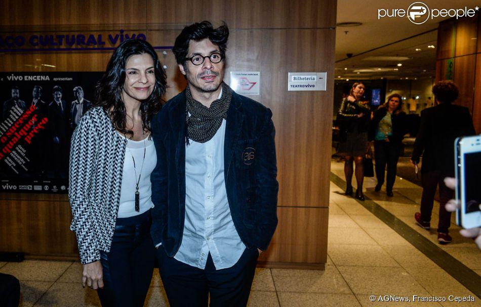 Helena Ranaldi e o ator Daniel Alvim assumem namoro em noite de pré-estreia de teatro em São Paulo, nesta quinta-feira, 18 de junho de 2015