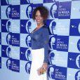 Elegante, Isabel Filardis vai ao Prêmio de Música Brasileira