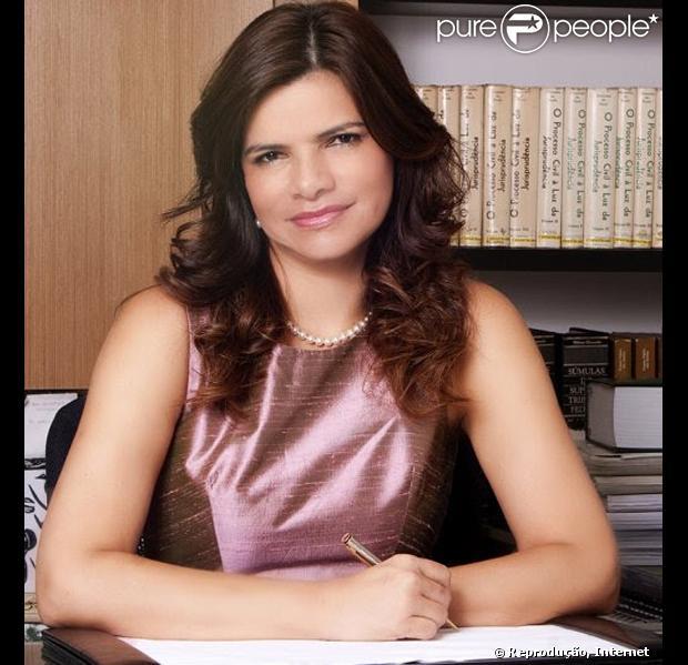 Rosiana Beltrão negou o romance com Roberto Carlos em nota oficial divulgada nesta quarta-feira, 5 de dezembro de 2012