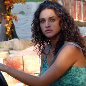 'Flor do Caribe': Taís (Débora Nascimento) fica com ciúmes de Mantovani e Isabel
