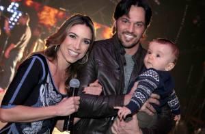 Patricia Abravanel recebe visita do filho, Pedro, e do marido em gravação no SBT