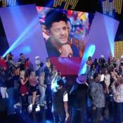 Cristiano Araújo é homenageado por Regina Casé no 'Esquenta!': 'Vai com Deus'