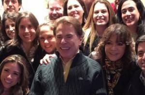 Silvio Santos canta durante festa realizada em sua casa: 'Mito'. Veja vídeo!