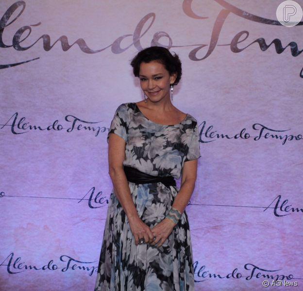 Assessoria de Julia Lemmertz negou que ela estaria vivendo um romance com um advogado. Após o fim do casamento com Alexandre Borges, ela continua solteira