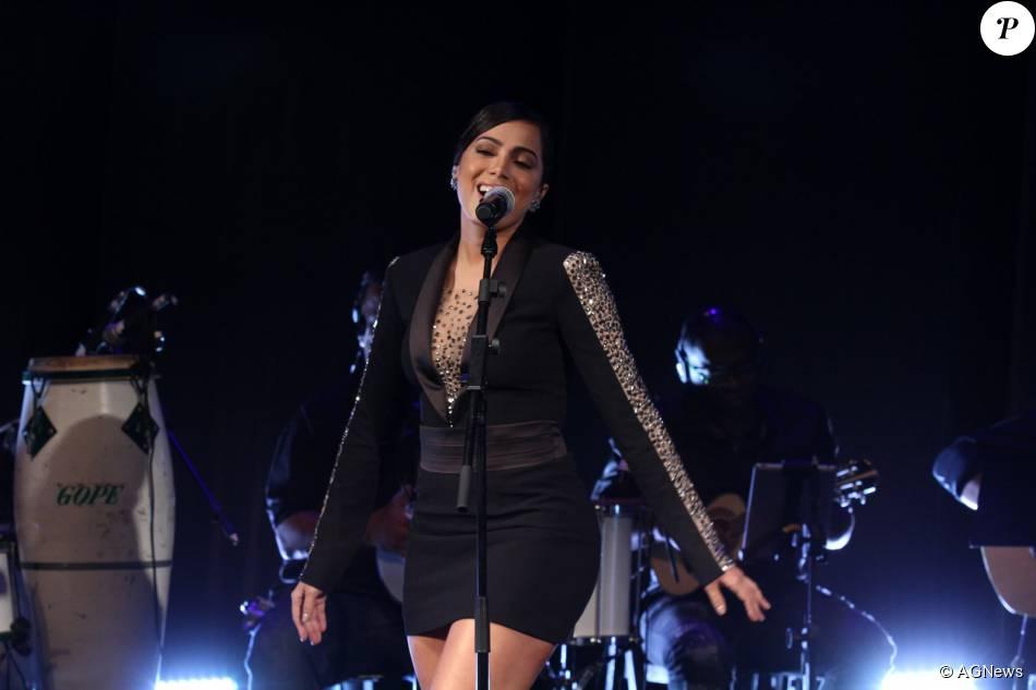 Anitta se tornou a primeira brasileira a alcançar o topo do Spotify, um serviço de música digital