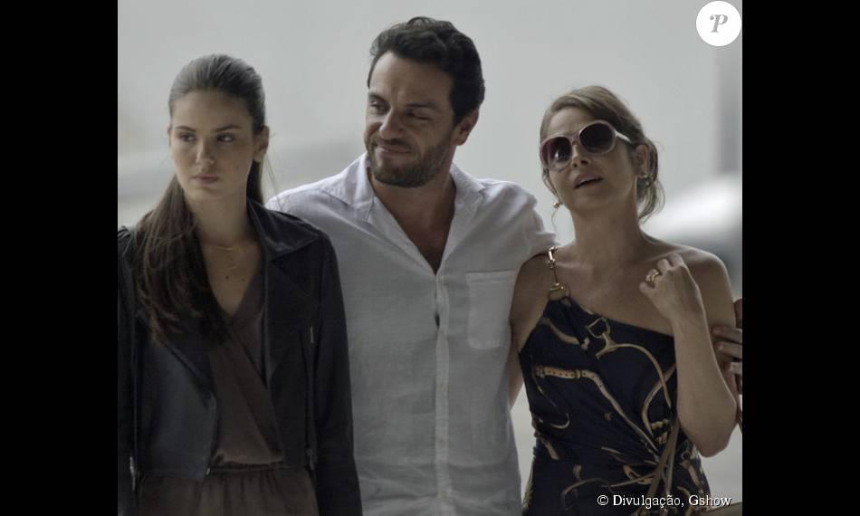 Angel e Carolina vão brigar por causa das intromissões de Alex na vida da jovem