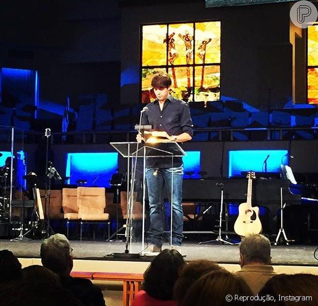 Kaká foi a culto da Igreja Batista em Orlando, nos Estados Unidos, na noite desta sexta-feira, 31 de julho de 2015