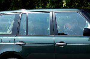 Com Kate Middleton prestes a dar à luz, rainha Elizabeth II volta a Londres