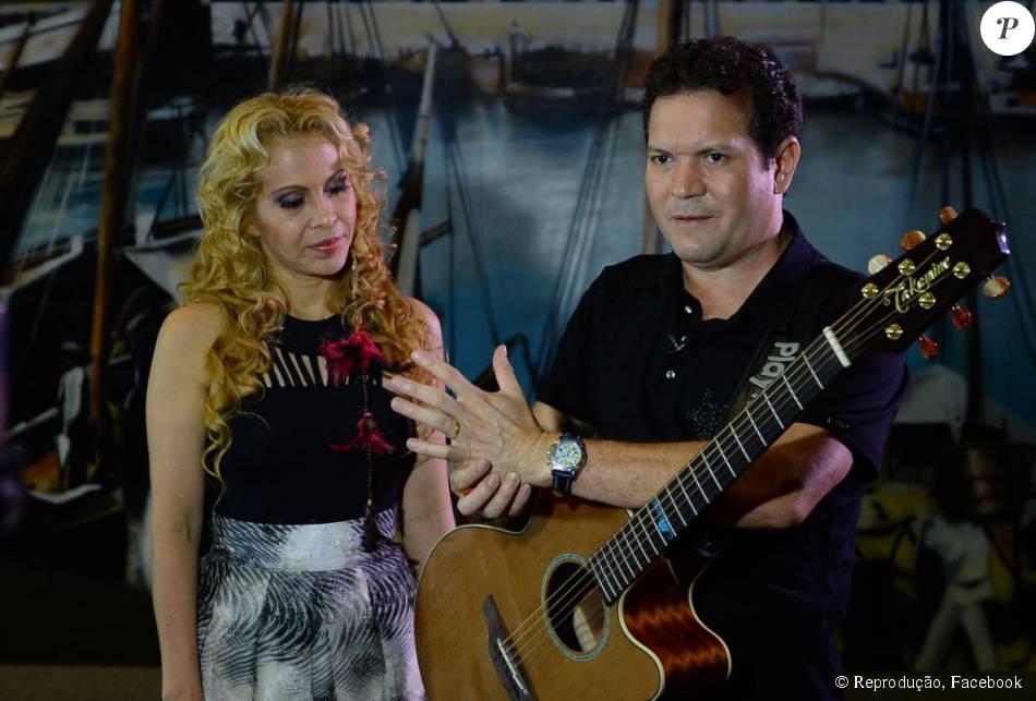 Joelma e Chimbinha se separaram após rumores de traição do músico. O casamento durou 18 anos