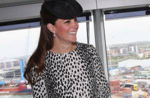 Kate Middleton e o bebê real deixarão hospital um dia após o nascimento