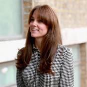 Kate Middleton surge de franja em 1º compromisso oficial após dar à luz