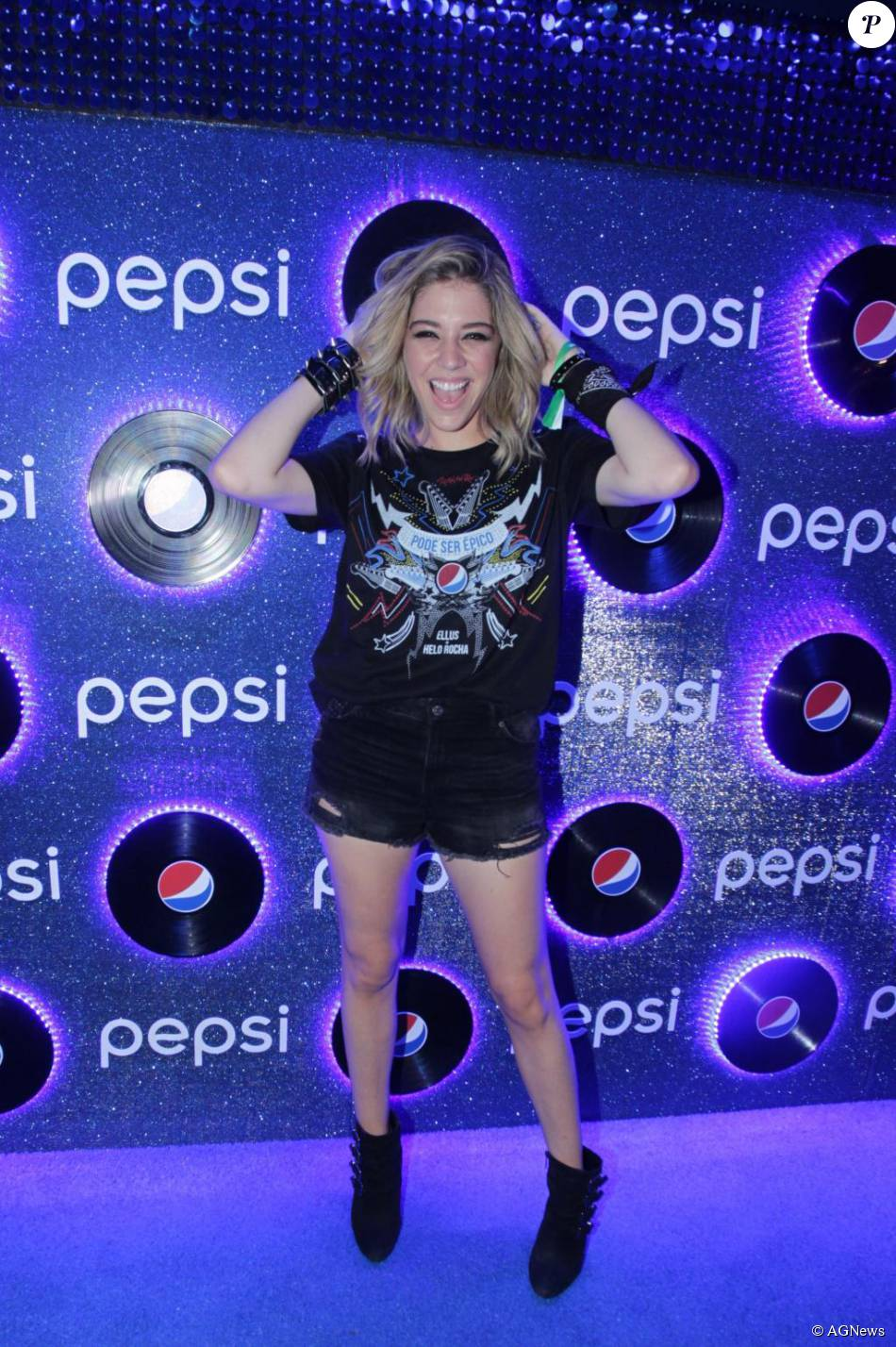 61fc549983 Luma Costa apostou no look 'rocker' no quinto dia de Rock in Rio ...