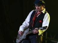 Johnny Depp faz show no Rock in Rio com visual inspirado no pirata Jack Sparrow