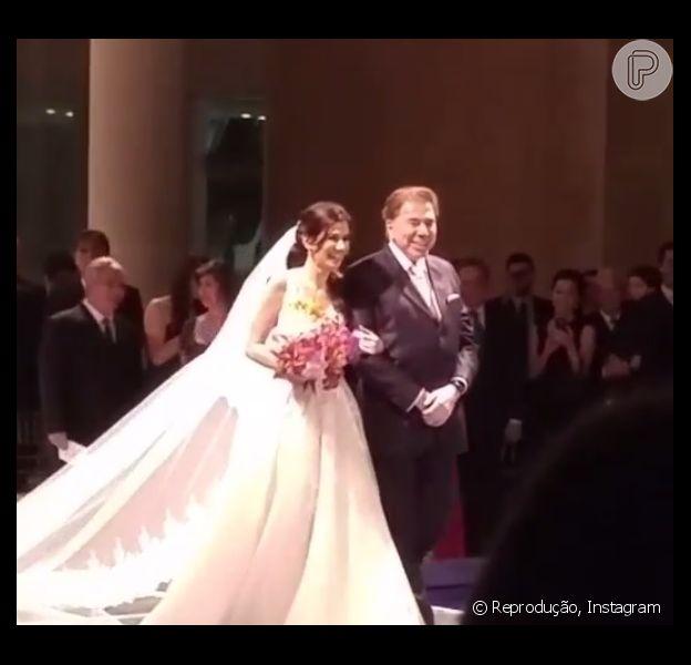 Silvio Santos levou a filha caçula, Renata Abravanel, ao altar para se casar com o empresário Caio Curado, neste sábado, 27 de setembro de 2015