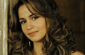 Falha faz imagem da personagem Morena, de 'Salve Jorge', surgir em 'Lado a lado'