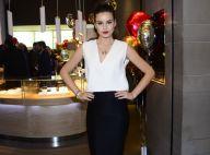 Camila Queiroz aparece exuberante com R$ 7,5 mil em joias. Veja fotos!