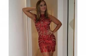 Viviane Araújo escolhe look transparente para ensaio do Salgueiro: 'Maravilhoso'