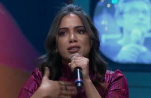 Anitta se emociona ao relembrar preconceito com amiga cega: 'Chorava sozinha'