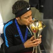 Neymar comemora título do Barcelona no Mundial de Clubes: 'Sempre foi um sonho'