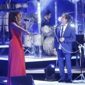 Roberto Carlos só balbucia 'de novo', 'gostoso' e 'é hoje' em dueto com Ludmilla