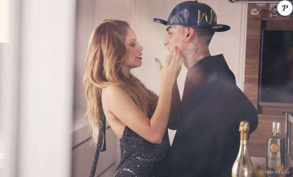 Lexa e MC Guimê gravaram o clipe 'Fogo', nova música do funkeiro, e estão vivendo um romance na vida real