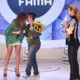 Thammy Miranda ficou emocionada com com o pedido de Nilceia Oliveira no palco de Eliana