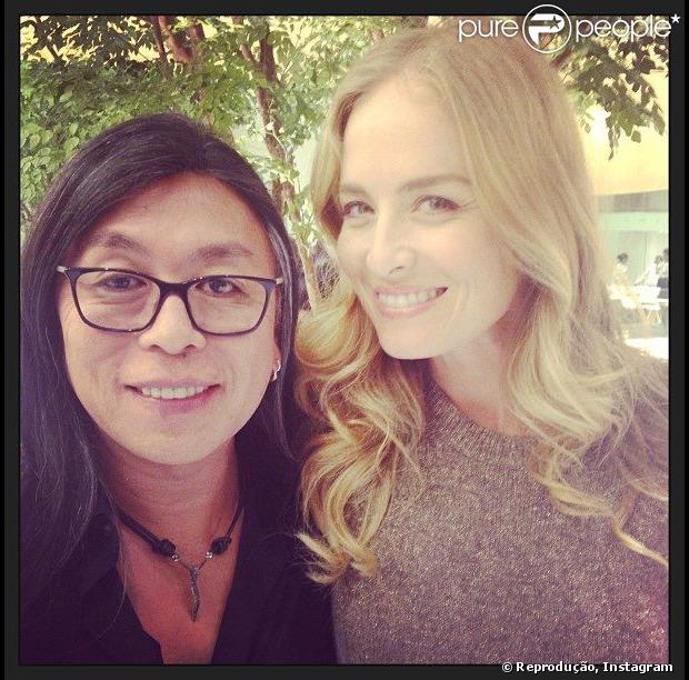 Angélica compartilhou foto com seu sócio e hairstylist, Celso Kamura. 'Começando os trabalhos no Rio'