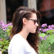 Kristen Stewart perde cabelo por estresse desde término com Robert Pattinson