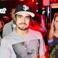 Caio Castro vai ser par romântico de Anitta no clipe da música 'Zen'. A informação é do colunista Leo Dias, do jornal carioca 'O Dia' de 19 de setembro de 2013