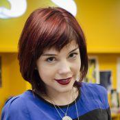 Bia Arantes fala sobre cabelos vermelhos: 'Parece que esfaqueei um boi'