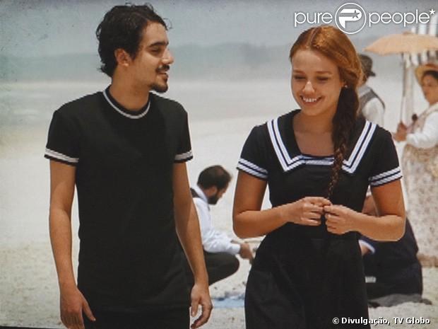 http://static1.purepeople.com.br/articles/8/11/18/@/8553-alice-juliane-araujo-e-jonas-george-620x0-1.jpg