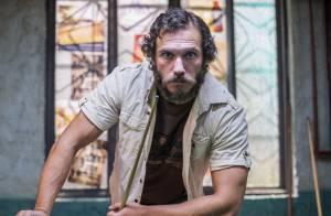 'Totalmente Demais': Dino volta para se vingar de Eliza e rouba dinheiro do bar