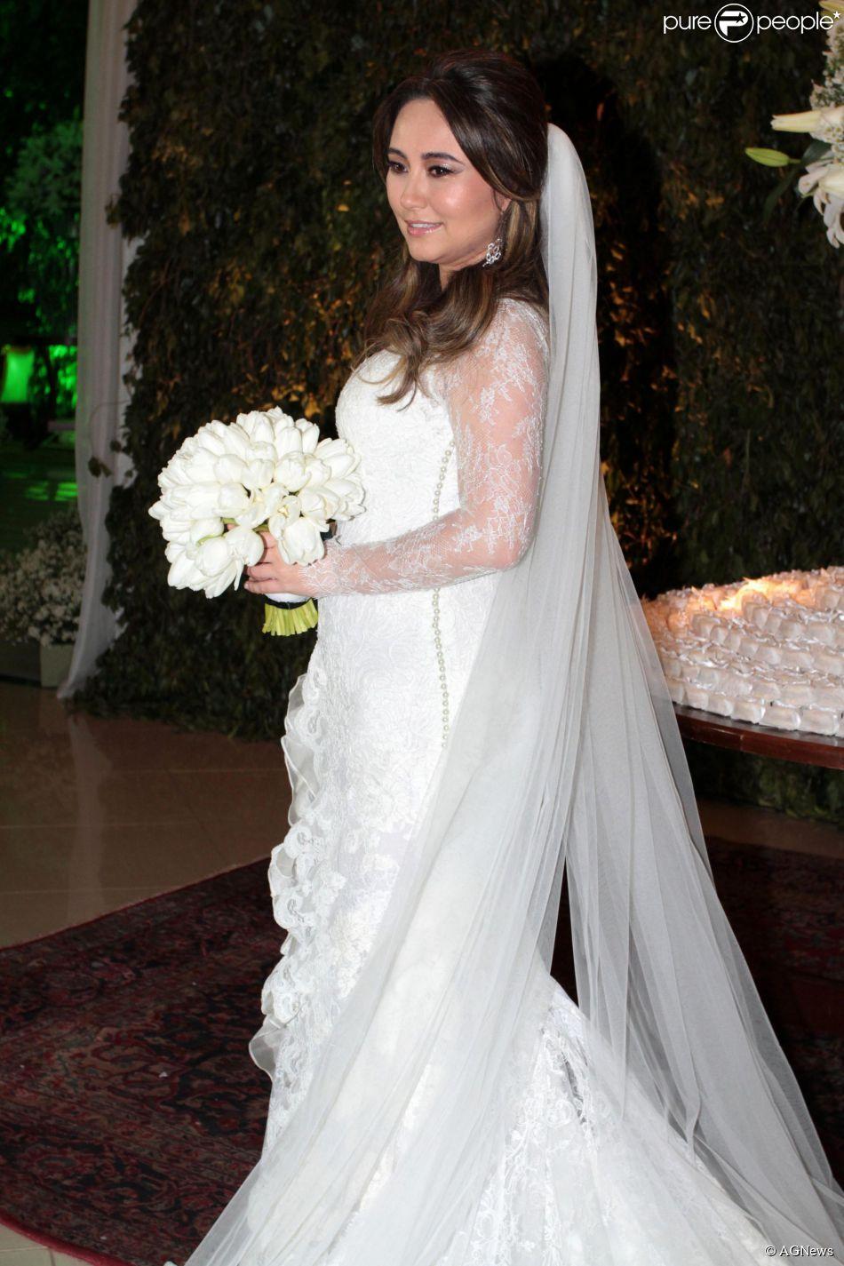832b5e31882505 Karina Sato se casou com o empresário Felipe Abreu em 24 de agosto de 2013  com uma festa para 600 convidados em Penápolis, interior de São Paulo