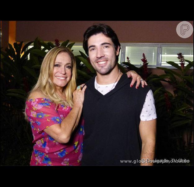 Susana Vieira negou pedido de casamento feito por Sandro Pedroso, segundo contou o ator em entrevista a ser exibida no programa 'Gugu' desta quarta-feira, 4 de maio de 2016