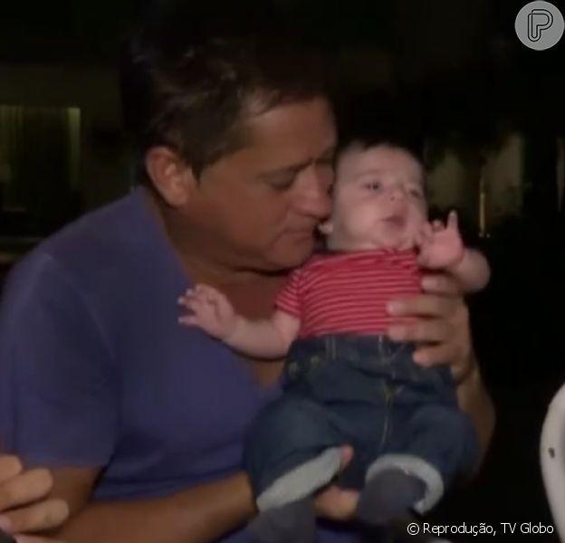 Cantor Leonardo mostra casa e se derrete pelo neto Noah, filho de Jéssica Costa e Sandro Pedroso: 'A cara do vovô'