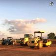 Gusttavo Lima mostrou os tratores preparando a terra no local